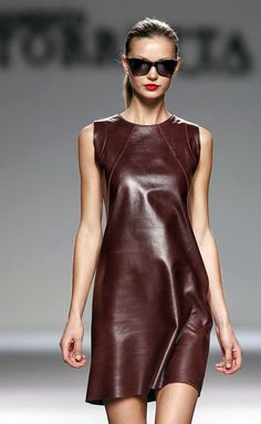 Only Leather — conilde: Roberto Torretta Leather Dresses, Leather Mini Skirts, Look Fashion, Womens Fashion, Fashion Design, Steampunk Fashion, Gothic Fashion, Super Moda, Casual Dresses