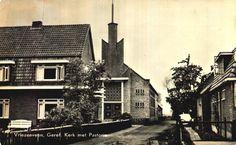 De Gereformeerde kerk aan de westzijde van DERKS(vroeger )nu de MARSKRAMER