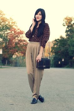 Flashes of Style: Gold Pants