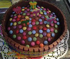 Torta Kit-Kat & Smarties (ricetta di LuCake)