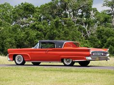 Vintage Cars 1958 Lincoln Continental Mark III Convertible - The 1958 Lincoln Continental Mark III Convertible is one of those cars that I can't help but love, it's widely regarded as the largest. Retro Cars, Vintage Cars, Antique Cars, Lincoln Motor Company, Ford Motor Company, Mercury Cars, Ford Lincoln Mercury, Lincoln Continental, Pedal Cars