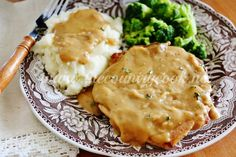 Crock Pot Smothered Pork Chops - The Country Cook#_a5y_p=1822906