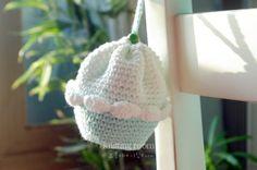 두둥,, 요롱이네 다섯번째 함뜨 시작합니다. 다섯번째 함뜨는 오픈 튜토리얼 로 갑니다! 따로 참여신청 받... Amigurumi Patterns, Crochet Patterns, Free Crochet, Crochet Hats, Diy And Crafts, Arts And Crafts, Creative Design, Purses And Bags, Baby Shoes