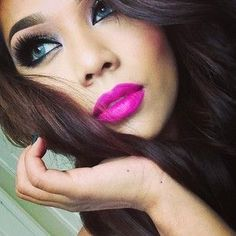 Makeup Love - Neutral Eye - Lashes - Bright Pink Lips - Green Eyes - Contacts - Hair #brightpinklips