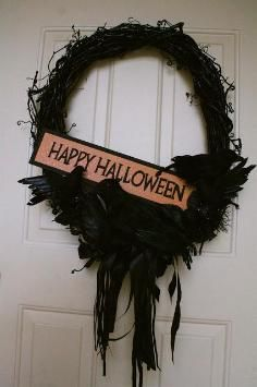 DIY Tutorial: DIY Halloween Decor DIY Halloween Crafts / DIY an autumn wreath - Bead