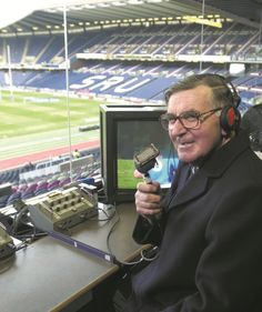 Bill McLaren- Greatest Commentator - If Stuart Barnes, Jonathon Davies, Eddy Butler and Brian Moore would only take notice! If I've misspelled any of their names well . Brian Moore, Sports Presenters, International Rugby, British Lions, Welsh Rugby, Vintage Sport, Rugby Players, My Youth