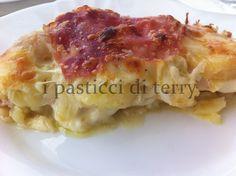 Questo Sformato di patate e cipolle si può preparare anche in anticipo e infornare prima di andare a tavolo. Gustoso, veloce e buonissimo. #sformato #secondiveloci #patate http://www.ipasticciditerry.com/sformato-patate-cipolle/