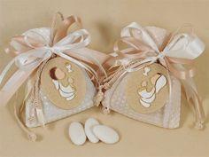 Lo shop Guerrini online è un ingrosso specializzato in articoli da bomboniera comunione e non solo. Potrai acquistare online all'ingrosso decorazioni per bomboniere, sacchettini portaconfetti, nastri di ogni genere e tutto l'occorrente per confezionare bomboniere originali e creative.