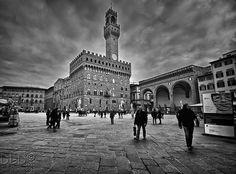 Palazzo Vecchio in Piazza della Signoria, Florence #Italy #photo