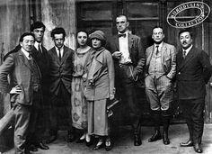 Hear Russian Futurist Vladimir Mayakovsky Read His Strange & Visceral Poetry | Open Culture
