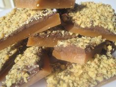 LOVE at 1st bite!! This OLD FASHIONED ENGLISH TOFFEE taste just like Almond Roca or a Heath candy bar!! A perfectly buttery crunch smothered in creamy chocol...