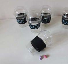 vasos personalizados para fiesta que se pueden pintar con tiza