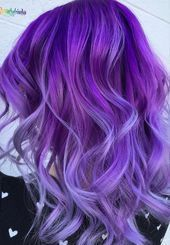 Purple ombre hair hair // in 2019 hair color, ombre hair color. Cute Hair Colors, Hair Color Purple, Hair Color For Black Hair, Purple Ombre, Color Black, Colored Hair Tips, Colored Curly Hair, Deep Purple Hair, Pink Hair