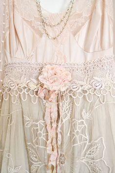 Jennelise: Wearing Lace