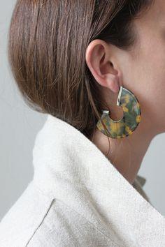 Semi circular tortoise earrings