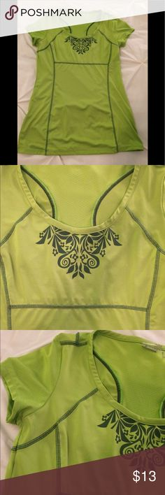 Athleta top EUC. Bright  green with darker green trim. Size is ST (tall). Length is 27. Back zip pocket. Athleta Tops