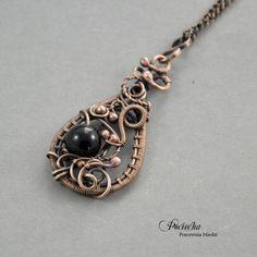 Black night - naszyjnik ze szkłem (sprzedawca: Pociecha Jewelry), do kupienia w DecoBazaar.com
