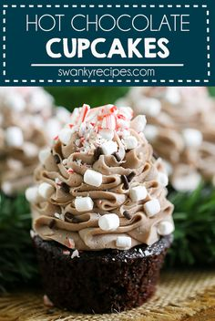 Hot Chocolate Cupcakes with Praline Filling Hot Chocolate Cupcakes with Praline Filling - The BEST Christmas cupcakes. Tastes just like hot chocolate but better! chocolate cupcakes I hot chocolate I christmas cupcakes I christmas desserts Hot Chocolate Cupcakes, Homemade Hot Chocolate, Hot Chocolate Bars, Hot Chocolate Icing Recipe, Cooking Chocolate, Gourmet Cupcakes, Cupcake Recipes, Cupcake Cakes, Cupcake Flavors