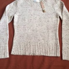 Anthropologie Charlie & Robin Sweater Size M NWOT!  Anthropologie, Charlie and robin, size M.  Speckled sweater Tops