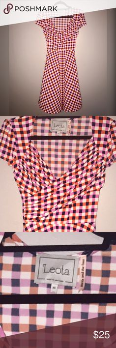 """Leota Sweetheart Orange Red Pink Gingham Dress This dress is absolutely gorgeous! Sweetheart neckline is so flattering. Slinky wash and wear material is perfect for everyday and great for travel! It is is in EUC and is part of Leota's """"Birds and the Bees"""" line.  So cute! Leota Dresses"""