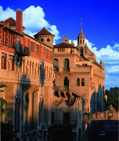 Riverside: Mission Inn invites you for a spot of tea and history
