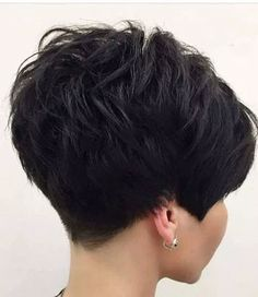 Short hair, undercut, short women's hair, short sexy hairThick-Pixie-Hair Sweet and Sexy Pixie Hairstyles for WomenSweet and Sexy Pixie Hairstyles for Women. Pixie haircut is one of the most popular and beloved hairstyles of recent times. Haircut For Older Women, Short Hair Cuts For Women, Back Of Short Hair, Short Cropped Hair, Short Men, Straight Hair, Long Hair, Blonde Pixie, Short Pixie Haircuts