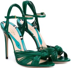 - Gucci Shoes - Latest and fashionable gucci shoes - GUCCI Leather Knot Sandals. Fancy Shoes, Pretty Shoes, Crazy Shoes, Beautiful Shoes, Me Too Shoes, Formal Shoes, Pumps, Stilettos, Strappy Sandals