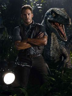 Jurassic World - Chris Pratt et un Gallimimus