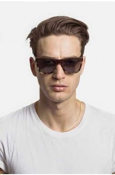 SUPER, by RETROSUPERFUTURE®, ignited the phenomenon of acetate sunglasses. Super is the first brand to produce a complete range of colorful fashion sunglasses c Eyewear, Mens Sunglasses, Popular, Classic, How To Wear, Collection, Color, Style, Fashion