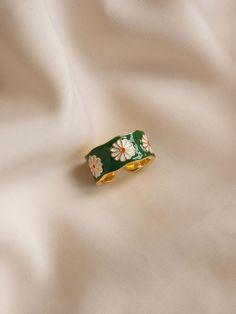 Cute Jewelry, Jewelry Accessories, Wire Jewelry Designs, Women's Jewelry, Wedding Accessories, Bijou Brigitte, Mode Hippie, Keramik Design, Daisy Ring