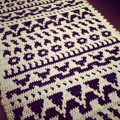 Virkattu Folkki-matto crochet folkki- carpet #teeseitse #diy #crochet