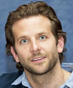 View yourself with this Bradley Cooper Short Wavy Light Brunette Hairstyle Light Brunette, Brunette Hair, Bradley Cooper Haircut, Short Wavy, Fade Haircut, Hair Transformation, Celebrity Hairstyles, Haircuts For Men, Textured Hair
