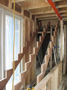 This is How a Staircase Should be Done. Image Gallery on How to Build It.