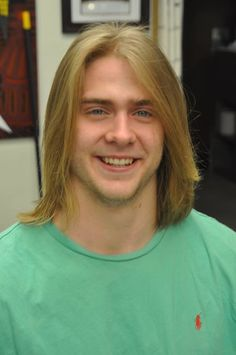 Surfer Dude, Guy Pictures, Cool Hairstyles, Hair Cuts, Wild Life, Spiders, Mens Fashion, Long Hair Styles, Guys
