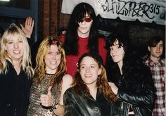 l7-jennifer-finch-joey-ramone.jpg