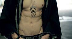 THE VLUIS PROJECT | VICTOR LUIS | MEN'S STYLE | MEN'S FASHION | MALE MODEL | CALEB STUPKA
