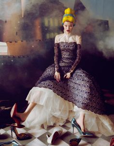 "Yan Xu ""Dream of the Dress"" | Harper's Bazaar China December 2013 by Shxpir."