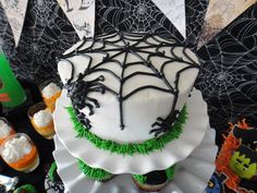 Worth Pinning: Pumpkin Inside the Cake