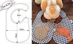 10 moldes de baberos para imprimir Fabric Patterns, Sewing Patterns, Patchwork Baby, Baby Sewing, Baby Items, Teddy Bear, Kids Rugs, Diy, Crochet Edgings