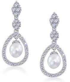 pear earrings chandelier style jewelry www.finditforweddings.com