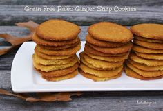 Ginger is a nice warming herb that is great in entrees, soups and baked goods! These Grain Free Paleo Ginger Snap Cookies pack a nice punch! Scd Recipes, Real Food Recipes, Ginger Snap Cookies, Paleo Dessert, Dessert Recipes, Paleo Treats, Ginger Snaps, Clean Eating Recipes, Quick Easy Meals