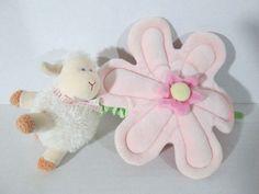 Child of Mine Twinkle Little Star Lamb & Flower Musical Plush Pull Crib Toy I6 #CartersChildofMine