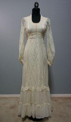 Vintage 1970s Gunne Sax by Jessica Cream Hippie Boho Maxi Dress Size 7 XS - S #GunneSax