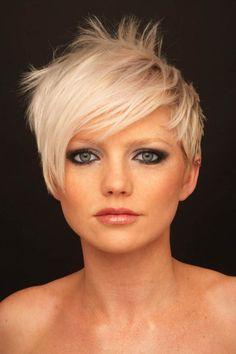 How to Short Blonde Hair Makes You Look Younger Short Blonde Haircuts, Short Hair Cuts, Short Hair Styles, Pixie Cuts, Short Pixie, Love Hair, Great Hair, Sassy Hair, Punky Hair