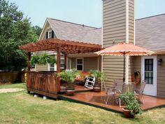 Nice 36 Cozy Backyard Patio Deck Designs Ideas for Relaxing https://livinking.com/2017/06/07/36-cozy-backyard-patio-deck-designs-ideas-relaxing/