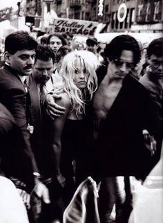 Pamela Anderson and Tommy Lee photographed by Peter Lindbergh for Harper's Bazaar, December 1995.