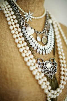 I Pearls Style at Home: Monika Of The Doctor's Closet, Hong Photography Heart Pendant Necklace, Heart Earrings, Pearl Necklace, Style At Home, Yoga Armband, Jewelry Accessories, Fashion Accessories, Cheap Jewelry, Fashion Jewelry