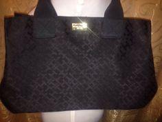 Designer Tommy Hilfiger Signature T Black Jacquard Tote Large Shopper Bag Purse. #Fashionbug #TotesShoppers