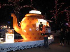 Big teapot serving pimms!!winter wonderland at Hyde Park