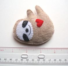 Sloth Felt Brooch Cute Funny Sloth Felt Pin Red Heart by mikaart Diy Crafts Instructions, Smiling Sloth, Girl Scout Swap, Softies, Plushies, Craft Free, Felt Brooch, Handmade Felt, Art Store